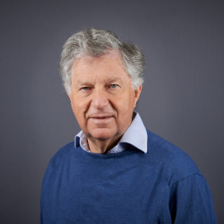 Professor Robert Schweitzer